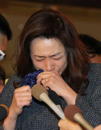文春に不倫を報じられた藤吉久美子号泣釈明「ホテルで体ほぐしてもらっていた」