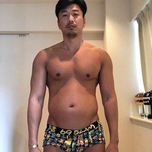 """金子賢、20kg太った現在の姿を公開し""""ダイエット""""宣言するも「うまくいくか不安」"""