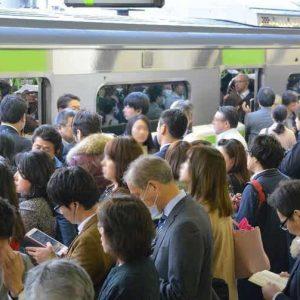 「満員電車」がトレンド1位「怖い…」テレワーク終了に不満も